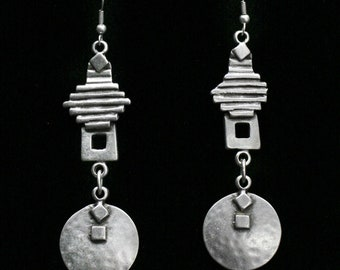 Antique Silver Plated Pewter Jewelry Earrings KU45