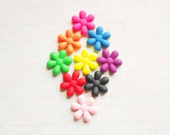 Large Pearl flower rubber soft 25x6mm
