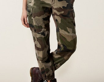 Vintage 1980s  Women's French army camo trousers pants military camouflage cargo combat