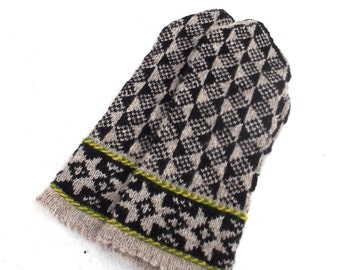 Hand knitted wool mittens, knit latvian mittens, colorfulgray black mittens, knitting ethnic mitts, winter gloves, handmade accessories