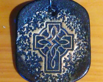 Keychain Celtic 6, black and bronze, etched and hand painted