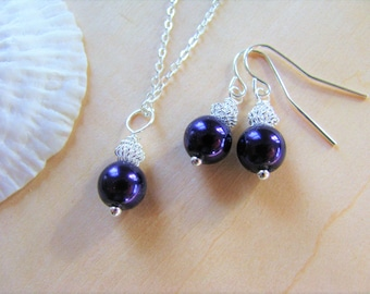 Purple Pearl Bridesmaid Jewelry Bride or Bridesmaid Gift Sets Ultra Violet Necklaces and Earrings for your Wedding Day