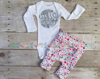 Newborn girls hello world coming home outfit, floral