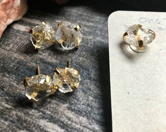 Raw Gemstone Studs Earrings,Gemstone Studs,Clear Quartz Studs,Crystal Studs,Raw Stone Studs,Studs,Gold Stud Earrings,Quartz Earrings Gold