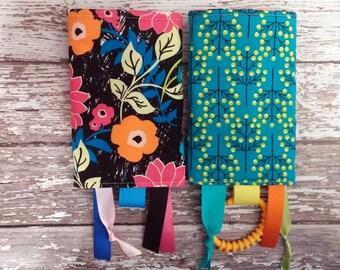 Fiji Floral Drool Pads