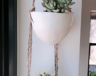 Small porcelain hanging planter