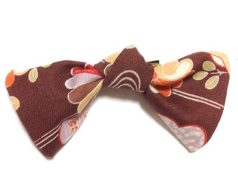 Brown Bow hair clip, Japanese Kimono floral pattern Fabric Bow, Japanese hair clip,  hair accessory, Japanese ribbon, FREE SHIPPING