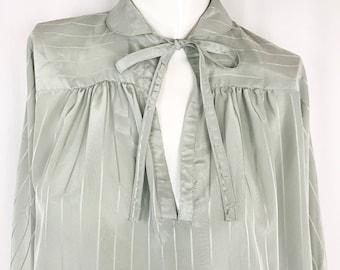 Vintage 1970s Billowy Blouse By Liz Claiborne || Mint Grey Tie Neck Blouse || Large