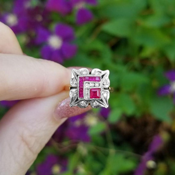 Vintage Art Deco 14k two tone yellow and white gold diamond and synthetic lab created flame fusion ruby pinky ring, size 3, square halo ring
