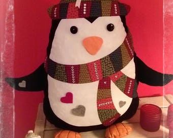 Penguin, Pinguin, pillow, furniture.