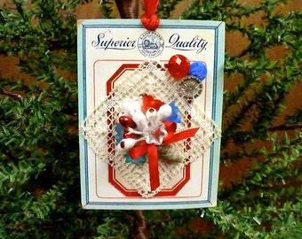 Button Card Ornament, Handmade Ornament, Vintage Button Card, Button Ornament, Vintage Inspired Christmas