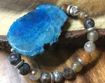 crabfire agate bracelet, blue agate slab bracelet, blue agate slice bead, blue agate bracelet, brown blue gemstone bracelet, agate slab