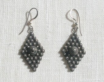 Vintage Cannetille Etruscan Sterling Silver Earrings
