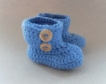 Crochet blue baby booties. Wrap around button up booties for babies age 0-3 months