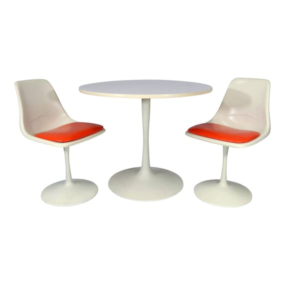 Mid Century Modern Tulip Dining Set Table and Chairs n Style