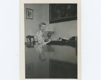 Vintage Snapshot Photo: Woman Reflected, Vienna, 1949 (710614)
