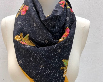 90's floral polkadot scarf