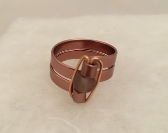 Size 9.5 wire ring with frosted rose gold bead