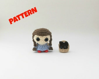 Dorothy and Toto Pattern / Wizard of Oz Crochet Pattern / Halloween Pattern / Crochet Halloween / Amigurumi Doll Pattern / Kids Patterns