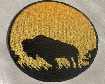 Embroidered Sunset Buffalo American Bison Silhouette Ombre Circle Patch Iron On Sew On USA