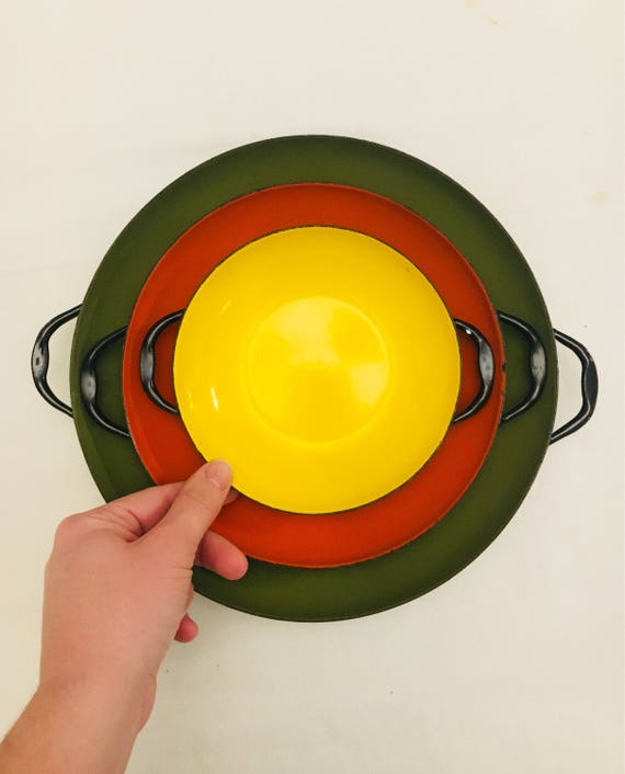 Vintage Set of Three Mid-Century Enamel Saute Pans - Orange, Yellow and Pea Green Skillets - Mid-Century Cookware - Vintage Saucepans