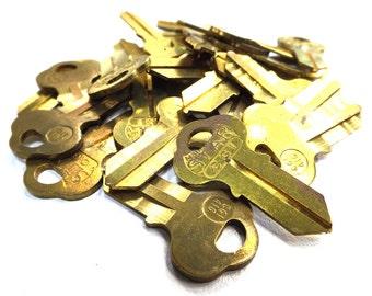 key. vintage. brass. craft supplies. jewelry supplies. findings. decorations. embellishments. key blank. uncut key. vintage keys. steampunk.