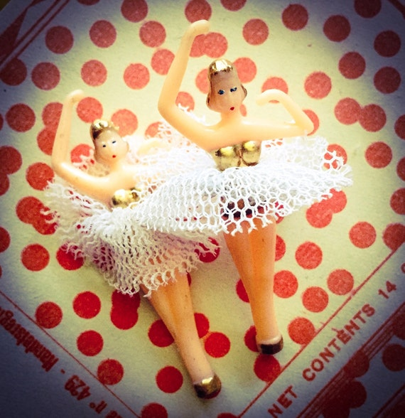 VINTAGE PLASTIC BALLERINA Jewelry Box Repair Part