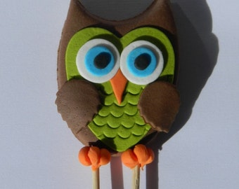 1 medium edible BABY OWL CUTE hoot cake decoration topper gumpaste sugarcraft christening birthday wedding anniversary engagement bird