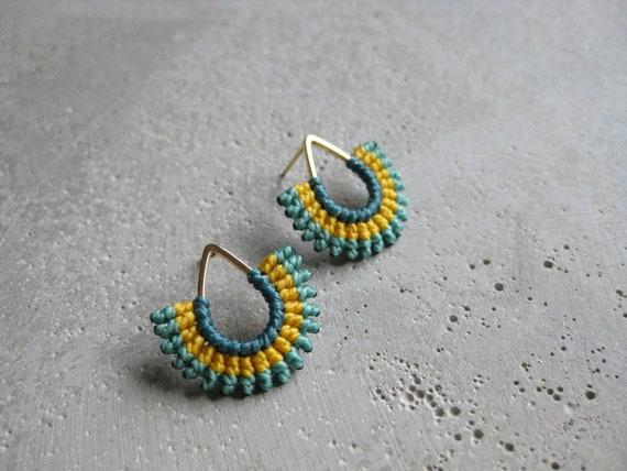 I b e y i . Gold Teardrop Textile Stud Earrings . © Design by .. raïz ..