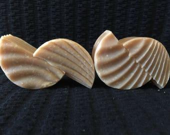 "3"" round cedarwood soap"