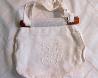 "WHITE LINEN SUMMER Handbag Purse Fancy ""T""  Monogram Soft Texture, Vintage 1970s Adjust Strap, Removable Wood Handles, Pocket Lining Unused"