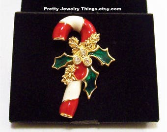 Avon Holiday Candy Cane Tac Pin Brooch Gold Tone Vintage 1997 Red White Stripes Green Holly Round Clear Crystals Evergreen Tree Branches