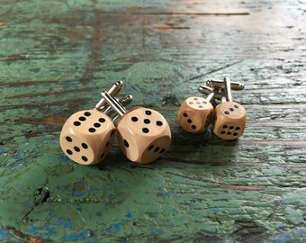 Mini Wooden Dice Cufflinks / Custom cufflinks /Personalised groom cufflinks /Wedding cufflinks /Boutons de manchette