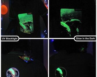 Dolphins UV Black Light Fluorescent & Glow In The Dark Phosphorescent Psychedelic Psy Goa Trance Art Club Mens T-shirt