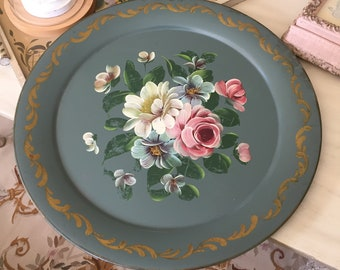 VINTAGE Green TOLE TRAY - Large Green Floral Roses - Scalloped Toleware Tray - Shabby Cottage Chic Tray - Hand Painted Round Tray
