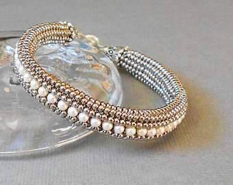 white pearl bracelet, silver seed bead bracelet, beaded bracelet, wedding bracelet, bridesmaid bracelet, stackable bracelet, swarovski