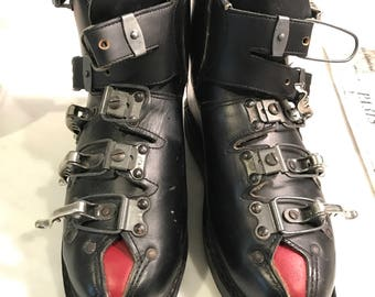 Fantastic vintage leather ski boots, made in Austria, 1960's , Arlberg, Olympic Rings