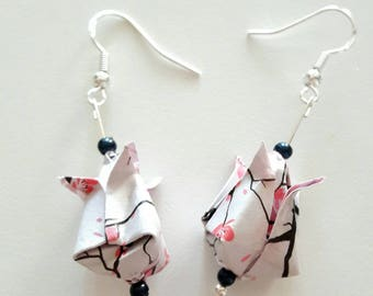 Origami - bud earrings Lotus embossed white cherry blossoms - silver studs