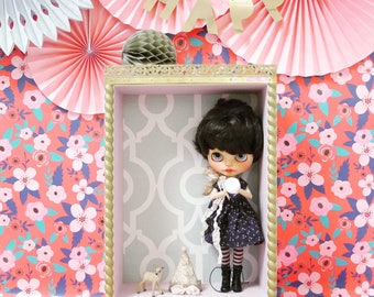 Blythe Doll display, shelf for doll, wooden handmade box, mint vintage pattern, roombox dedicated for Blythe doll