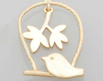 x 1 gold bird charm pendant.