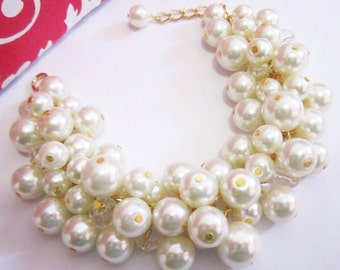Bridesmaid Jewelry Pearl and Crystal Bracelet White or Ivory Chunky Pearl Bracelet Cluster Bracelet Bridal Wedding Party Jewelry Gift