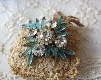 Beautiful Vintage Brooch, Jewelry Brooch, Light Blue and Diamond Brooch, Jewelry, Brooches, Pins, Clips, Brooches, Vintage Jewelry Brooch