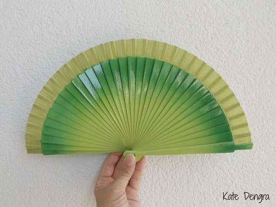 Sml Two Tone Green Wooden Hand Fan
