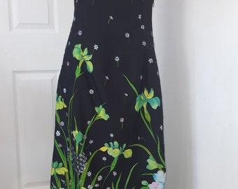 70s Maxi Dress / Botanical Print Dress / Floral Print Dress /Polyester Dress / 70s Long Dress / Black Vintage Dress / Lined / Size Small