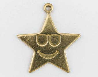 23mm Raw Brass Smiling Star with Sunglasses Charm (2 Pcs) #CHA190