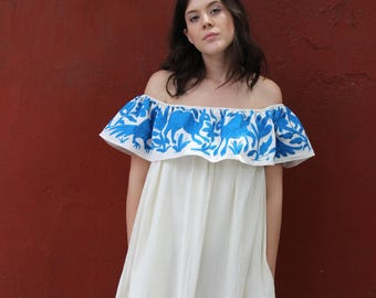 OTOMI periwinkley blue and beige Gorgeous lightweight Off the shoulder plus sized dress