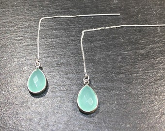 Earrings in silver and chalcedony