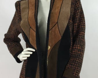1970s leather patched sweater/ 70s suede/leather sweater