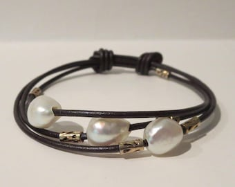Adjustable Brown Leather Bracelet With Faux Pearls