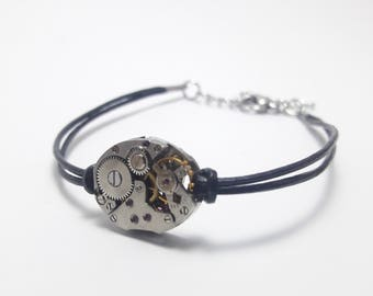 Women bracelet leather with antique mechanical watch movement